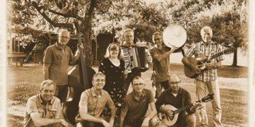 20200819 Auld Smiddy Folk Band kopie